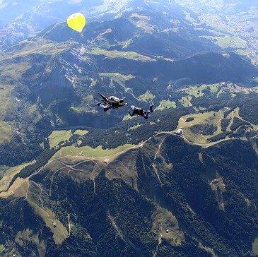 Réserver Saut en parachute département Genève