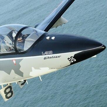 Vol avion de chasse proche Aéroport de Carcassonne