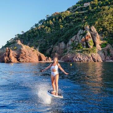 Initiation au Surf Electrique à Foil à Cannes