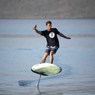 Initiation au Surf Electrique à Foil au Lac de Saint-Cassien