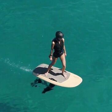 Antibes, Alpes Maritimes (06) - Surf et Sport de Glisse