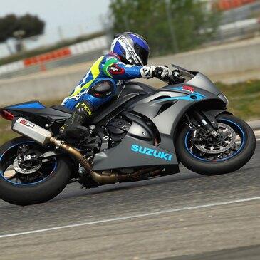 Stage de pilotage moto en région Poitou-Charentes