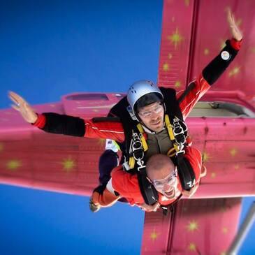 Saut en Parachute Tandem près d'Annecy