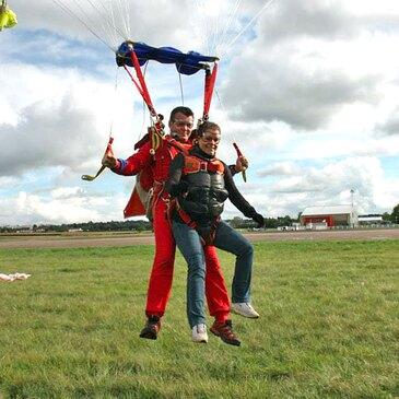 Saut en Parachute Tandem à Dieppe en région Haute-Normandie