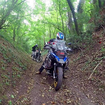 Stage de pilotage moto proche Hanvoile, à 30 min de Beauvais