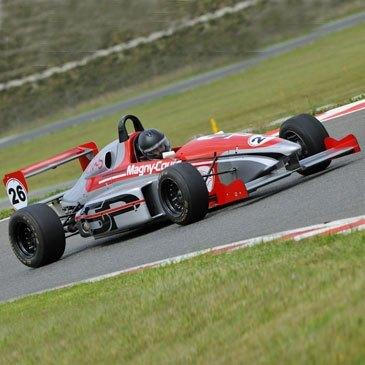 Stage de pilotage Formule 3, département Nièvre
