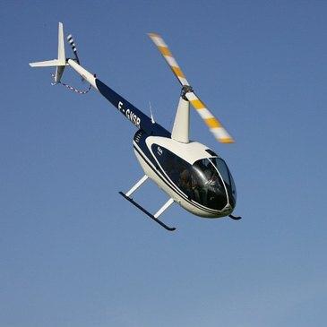 Initiation au pilotage d'hélicoptère près de Lyon